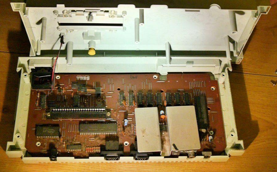 Sega SG1000 II Internals
