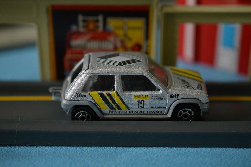 A Majorette Renault 5