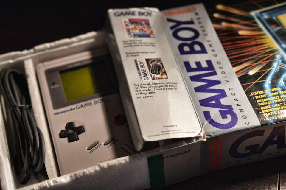 Gameboy & Box